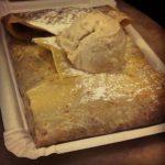 Crêpe de dulce de leche, plátano y helado de vainilla