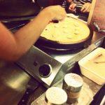 Preparando crêpes